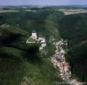 Hrad Karlštejn - letecký pohled