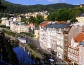 Karlovy Vary a hrad Loket